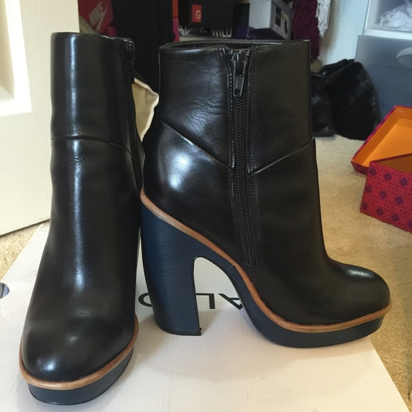 Womens Boots ALDO Cecille Black Leather
