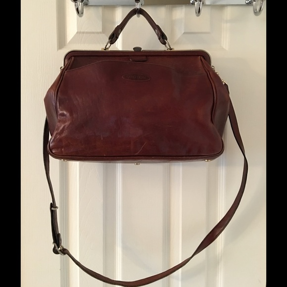 🌟HP🎉Vintage Oroton Brown Leather Doctor Satchel.  M 56c8d0d94127d0047f008ef7. Other Bags ... be3a8187ff438