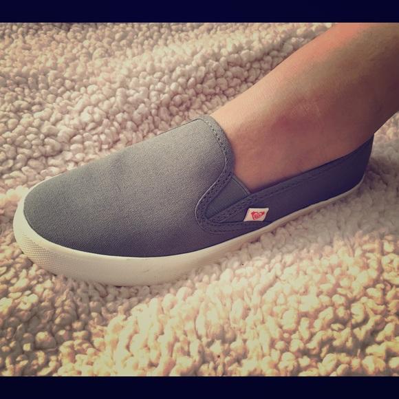 Nwb Roxy Gray Slip On Tennis Shoes 65