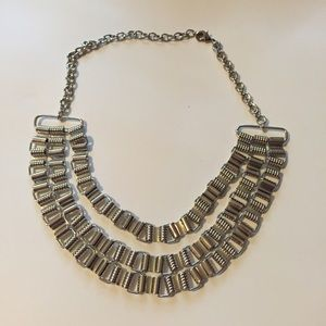 Jewelry - Silver 3 chain necklace