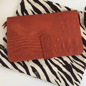 Linea Pelle Handbags - NWT Linea Pelle Clutch Wallet