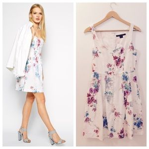 French Connection Dresses & Skirts - NWT French Connection Floral Dress - Host Pick