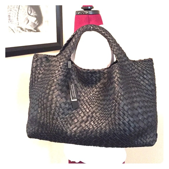 6a31308cb2a0 Better Than Bottega Veneta Large Leather Tote