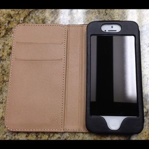 Kenneth Cole Other - Leather iPhone 5 case: Guinness Beer Logo