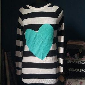 ⬇H&M Love Sweater