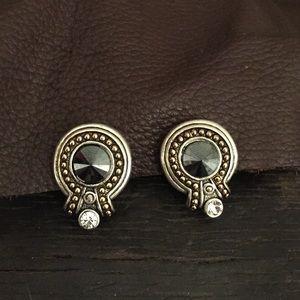 Vintage Jewelry - Vintage Clip on Earrings