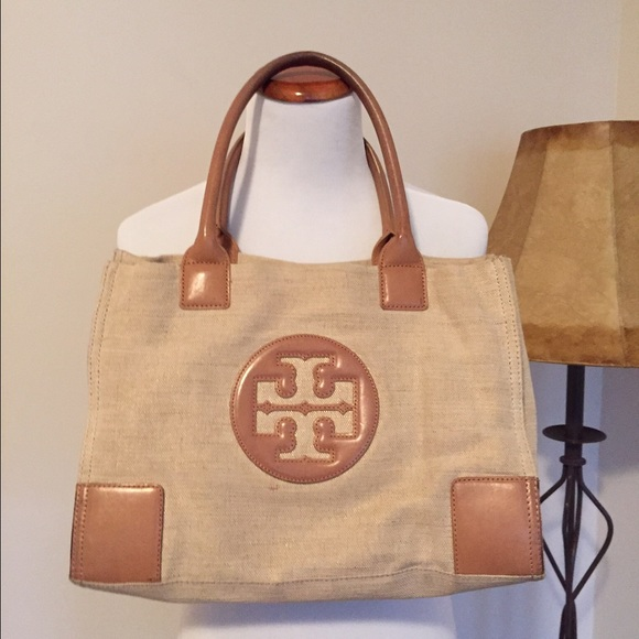 d7dda1f2bb3c Tory Burch small Ella linen tote. Neutral colors. M 56c9b1c0bf6df592e304a956