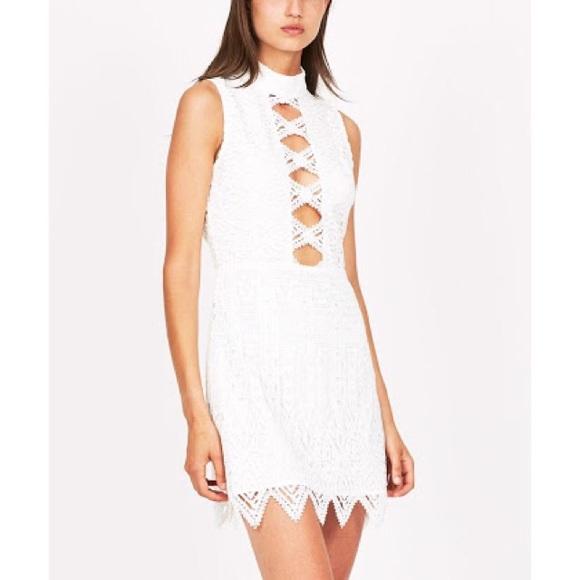 78b290a0df4c NEW Ivory Crochet Diamond Backless Mini Dress
