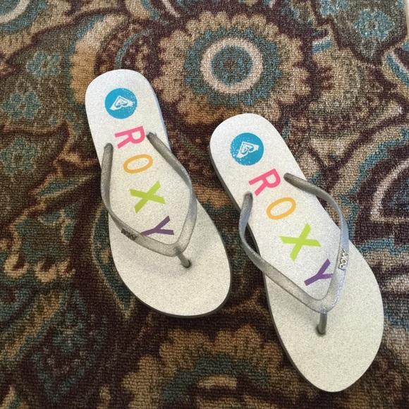 Roxy Shoes  Flip Flops Silver Sparkly Sandals Rubber 9M -4441