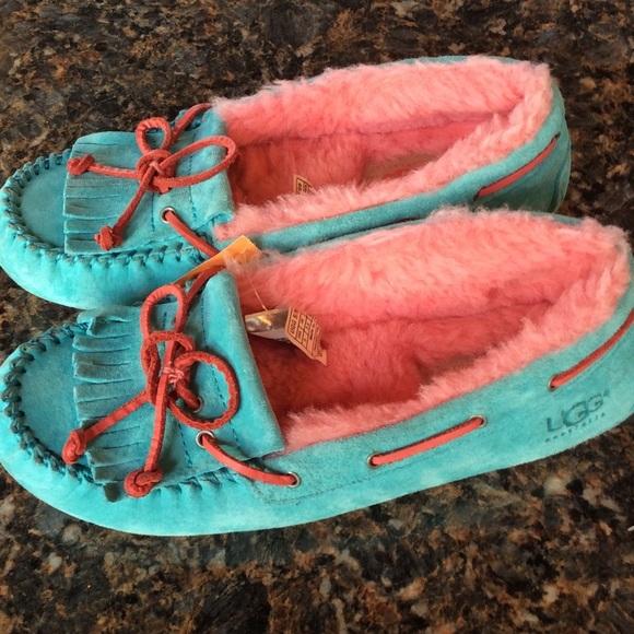 Ugg pink blue moccasins