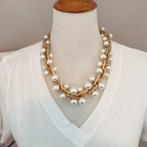 Jewelry - Zara Gold and Pearl Statement Necklace