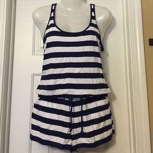 Old Navy romper. Great condition