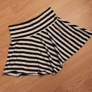 Garage Dresses & Skirts - Fun striped skater skirt!