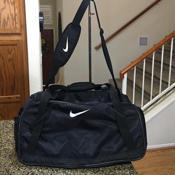 Nike Bags   Large Travelgymtote Bag   Poshmark f00142e764