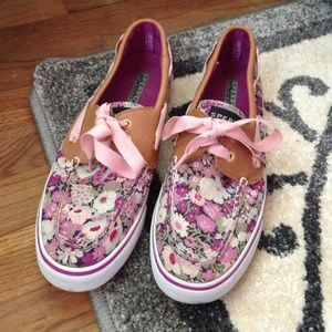 Sperry Floral Top siders