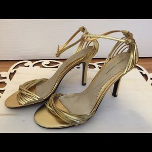 🌟Willy Shimmer-18 k Gold Heels by C. Laundry-NWOT