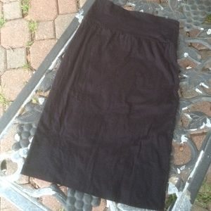 Black knit skirt by Velvet by Graham and Soencer