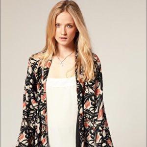 Winter Kate Jackets & Blazers - 🎉HP🎉 Winter Kate kimono