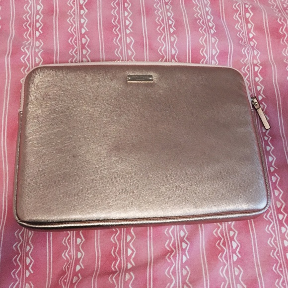 quality design c1034 4dd06 Kate spade rose gold MacBook laptop case sleeve NWT