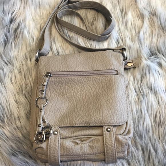 Sparrow True purse. M 56ca61f52fd0b757e9010c4c facc2ad44f55a