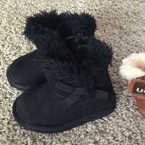 Other - Black snow boots toddler 5
