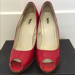 Mossimo, Red Patent Leather Pumps, Size 8.5