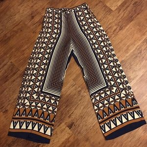 High waisted Topshop wide leg pants. Size 8