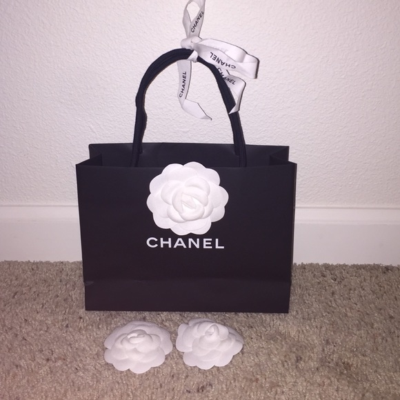 c747ab2da359 CHANEL Other | Authentic Packaging Paper Shopping Bag 85 | Poshmark