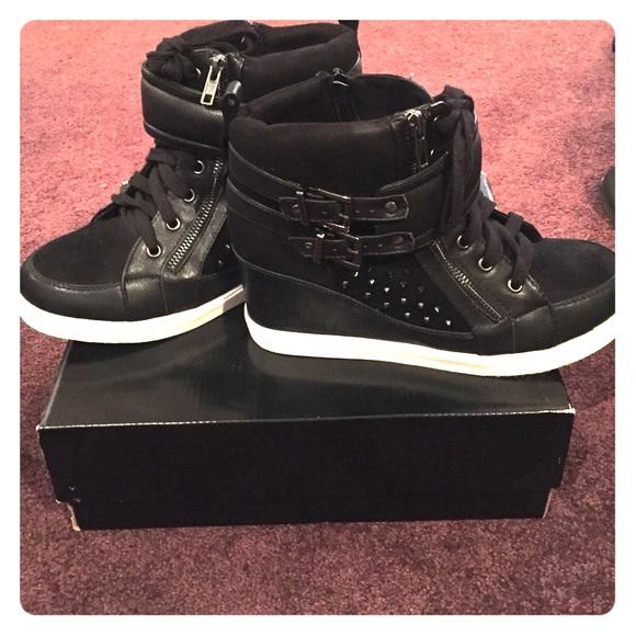 96b2cfe33a0 Torrid wedge sneakers. M 56cb50b1ea3f36a0b7004f7c