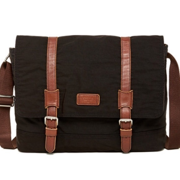 FOSSIL Canyon messenger bag in black