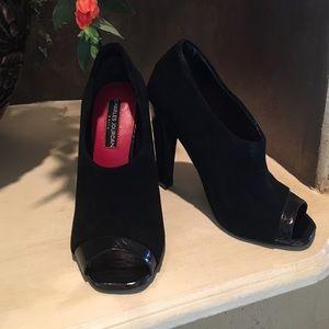 Charles Jourdan Shoes - CHARLES JOURDAN/ PARIS
