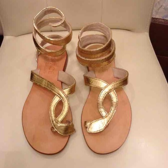 471adec93c276f L Space by Cocobelle Gold Snake Wrap Sandal