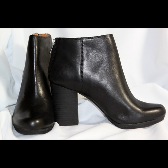 351f239f568 Black Leather Booties / Madewell The Caleb Boot NWT