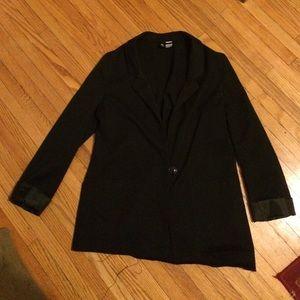Boyfriend style H&M black blazer EUC size 8