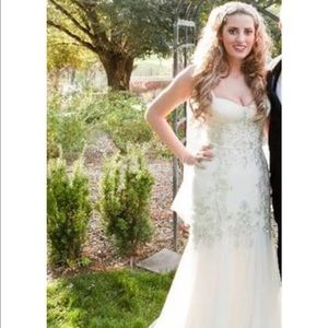 Jenny Packham Dresses & Skirts - Jenny Packham Eloise Gown