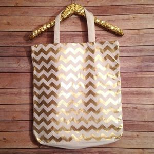 Handbags - NWT Gold & White Chevron Canvas Tote Bag