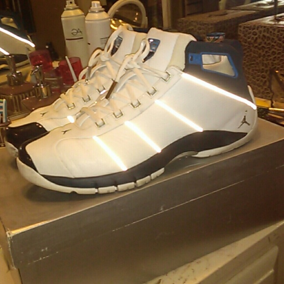 6205c857aaf3 Jordan Other - Jordan Jumpman Jeter Six4Three white navy men s 13