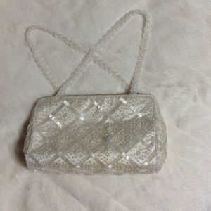 La Regale Handbags - Elegant White/Cream Beaded Evening Bag