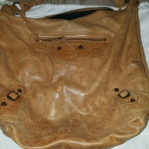 Balenciaga Bags - Authentic Balenciaga Day bag in Tan