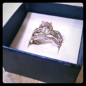 Jewelry - NWOT 3 Piece Sterling Silver Ring Set 925