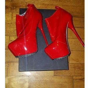 Dsquared2 red platform boots