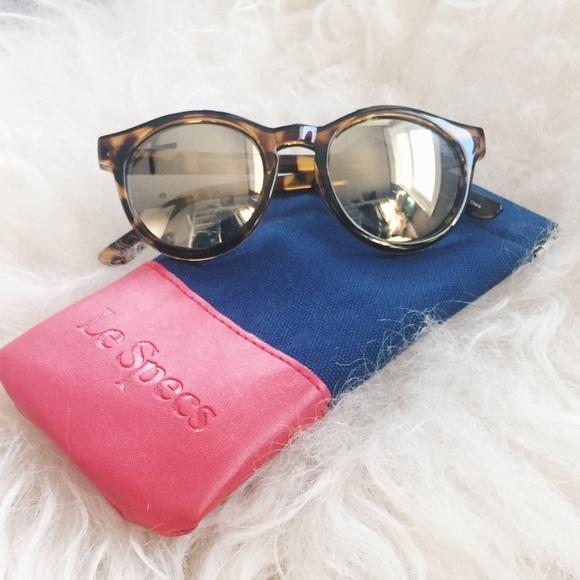 6e1ba917e73d Le Specs Accessories - Le Specs