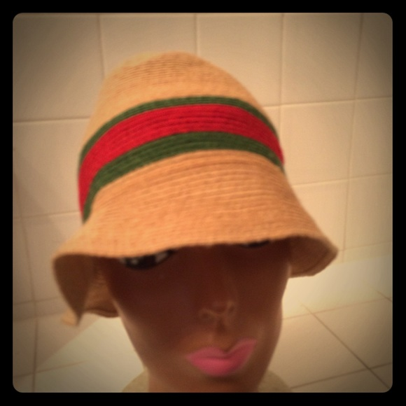 6ee89117 Gucci Accessories - GUCCI STRAW BUCKET FEDORA HAT SZ XL RED AND GREEN