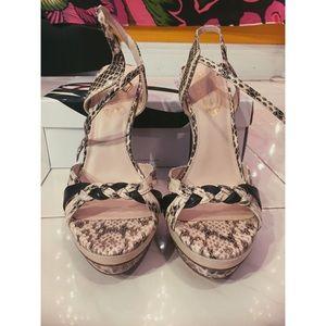 Ellie tahari heels