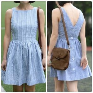 Dresses & Skirts - Final Price🎉HP 🎉Cute Backless Buttons Mini Dress
