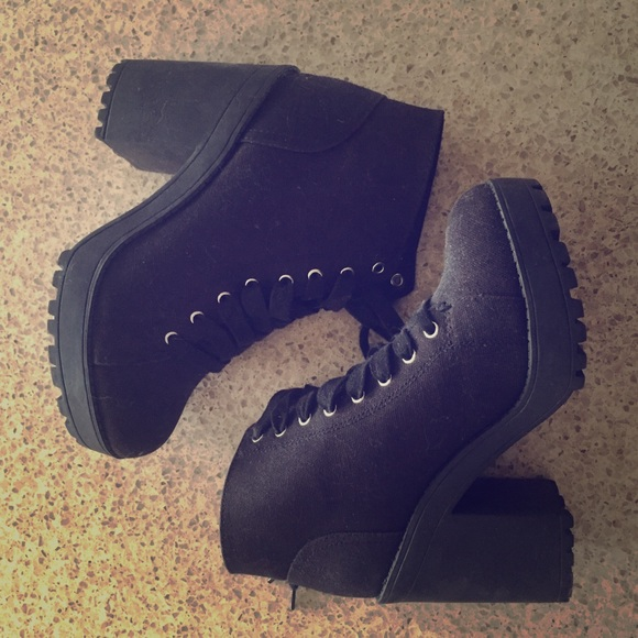 Hm Divided Chunky Heeled Boots Black