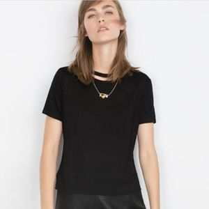 ‼️last chance‼️Zara T shirt with necklace black
