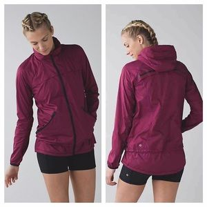lululemon athletica Jackets & Coats - 🎉HP🎉 Lululemon Miss Misty II windbreaker