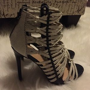 JustFab Shoes - NEW! Black/Wht Caged Booties/Heels/Sandals