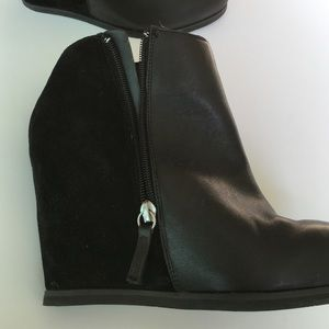 NWOT Dolce Vita Leather/Suede Ankle Bootie